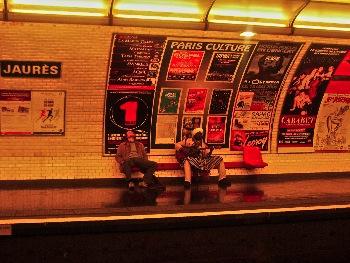 Locación: Metro Jaurès, 11 p.m., 1er. día de rodaje.